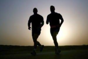 Ausdauertraining Joggen Sonnenaufgang